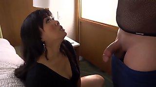Mrs Nguyen, from Houston, double creampie
