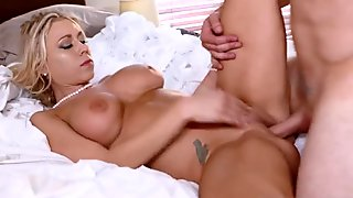 playmate s friend takes over mom Unpacking Stepmom
